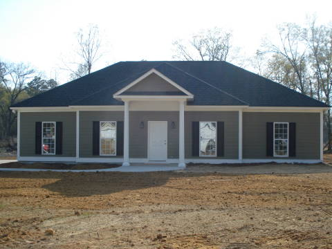 Attractive home builders albany ga 3 121 austin court 1 for Home builders albany ga